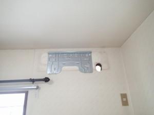 新しいエアコン 背板