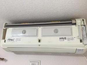 エアコンクリーニング 日立RAS-M22X