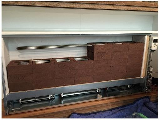 日本スティーベル 蓄熱暖房機 内部
