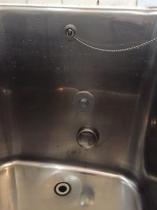 浴槽 穴の閉栓