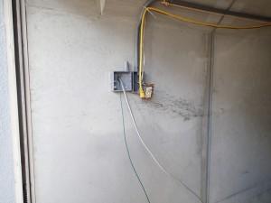 電気工事 パイプで配線