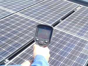太陽光発電の点検 IRカメラ