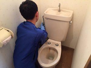 トイレのタンクを取外し