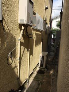 ガス給湯器のお湯の配管から水漏れしたので修理