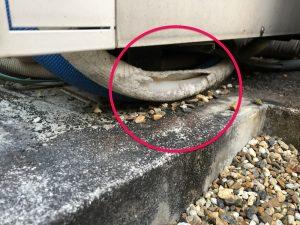 配管が露出して割れてしまう危険性