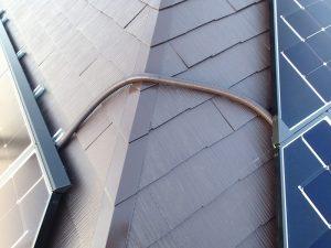 パネルとパネルの間は2重管にて施工