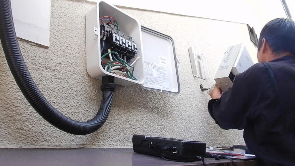 昇圧器の交換