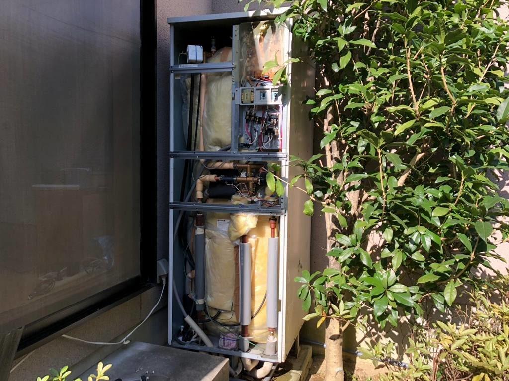 電気温水器の解体