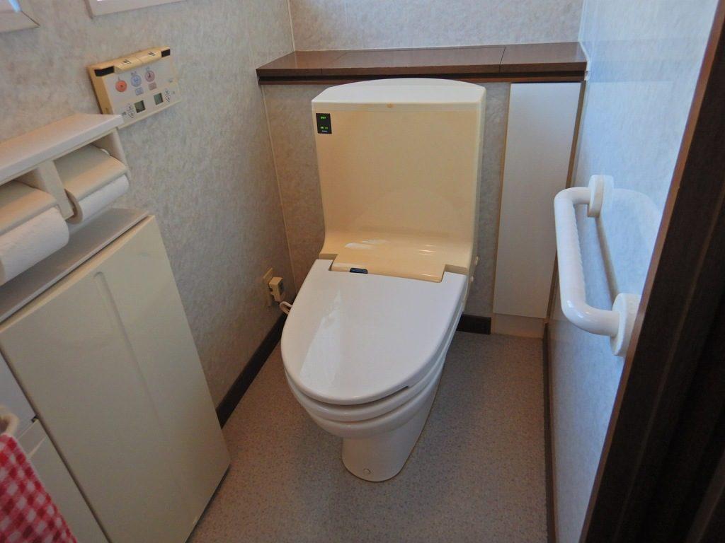 TOTOのトイレ工事前