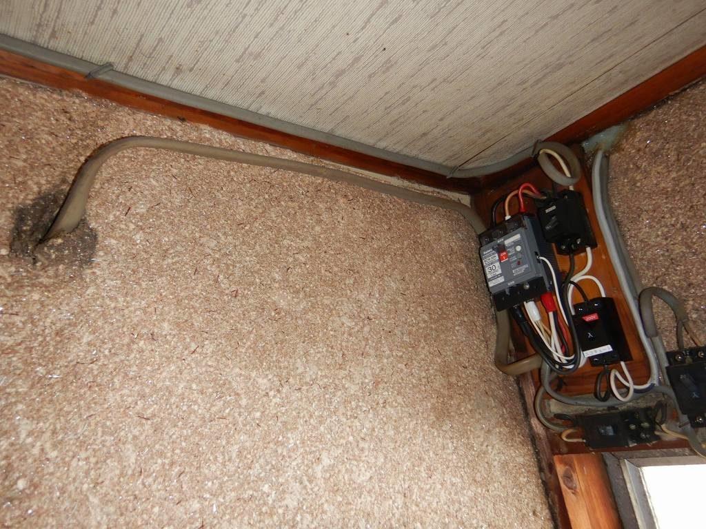 電気工事 配線をまとめる