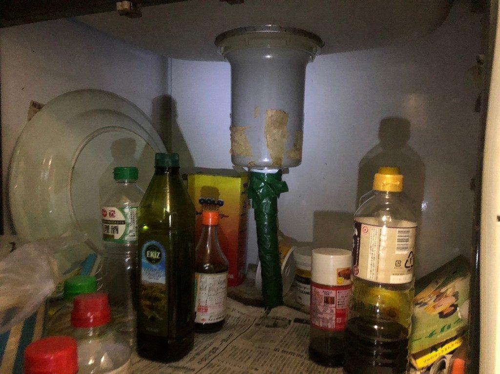 台所の排水ホースから水漏れ