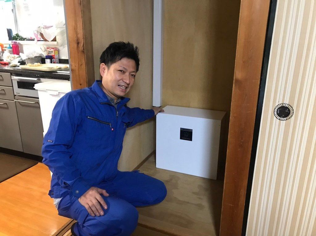 シャープ屋内用蓄電池を設置