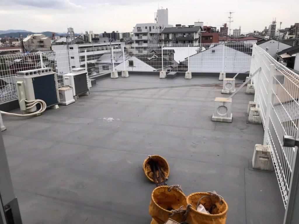 屋上フェンス