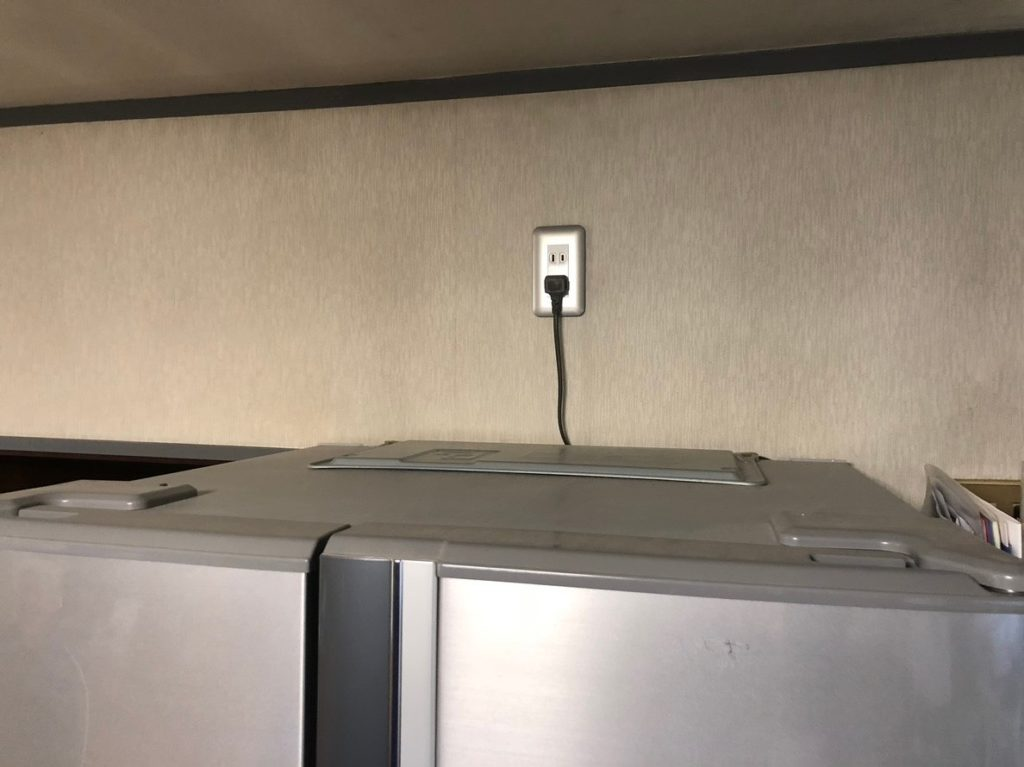 冷蔵庫を蓄電池の電気で動かす