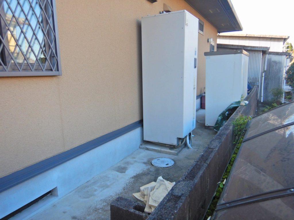 電気温水器 工事前