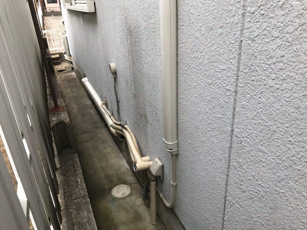 配管を延長して床下へ