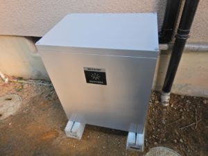 4.2KWh屋外設置の蓄電池