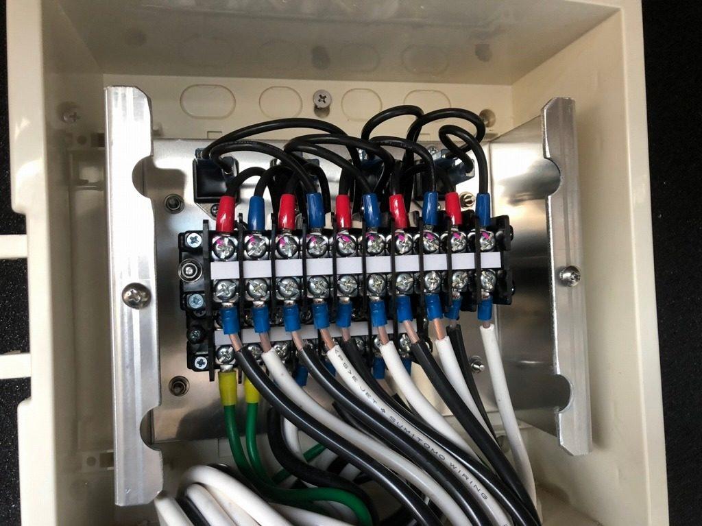 シャープ 接続箱