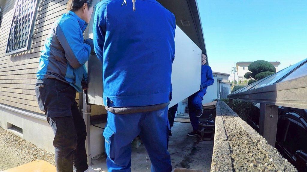 電気温水器の運搬