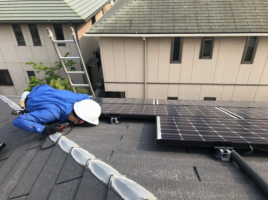 太陽光の架台の確認