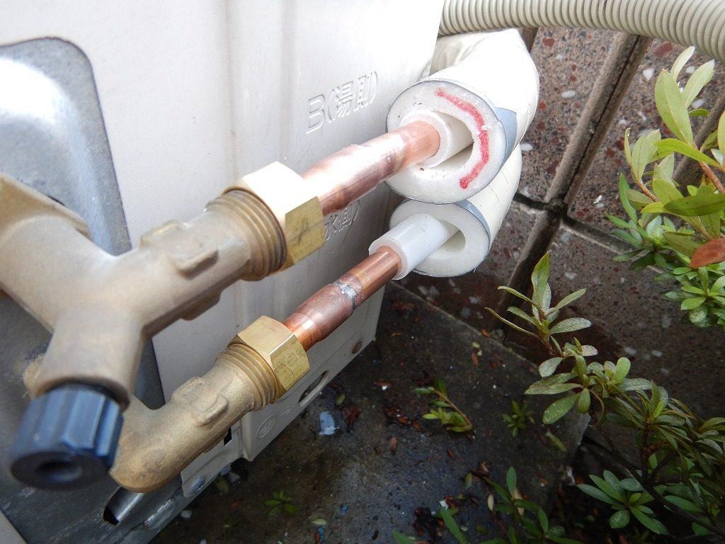 銅管でヒートポンプ配管