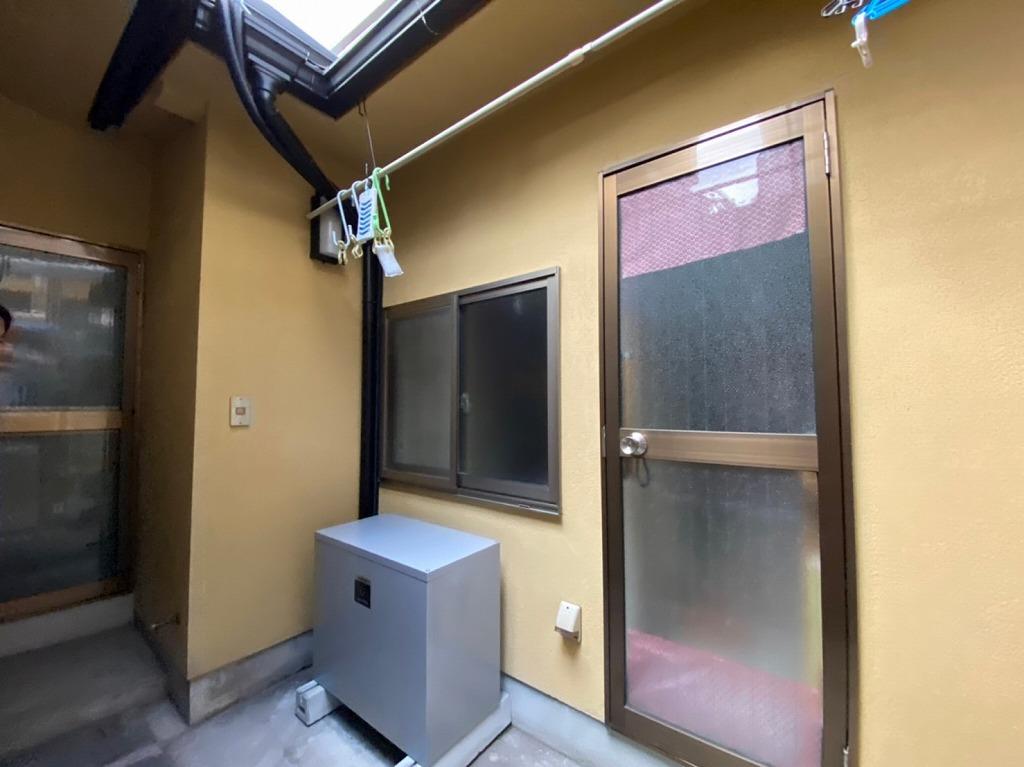 屋外用蓄電池の設置