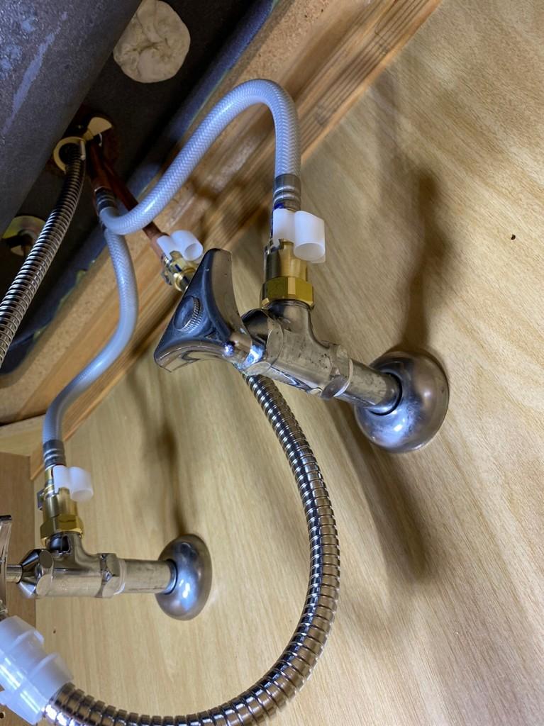 三栄水栓の配管接続部