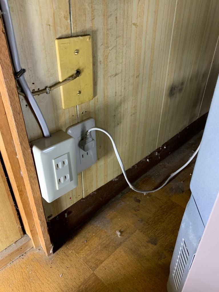 冷蔵庫用コンセント増設