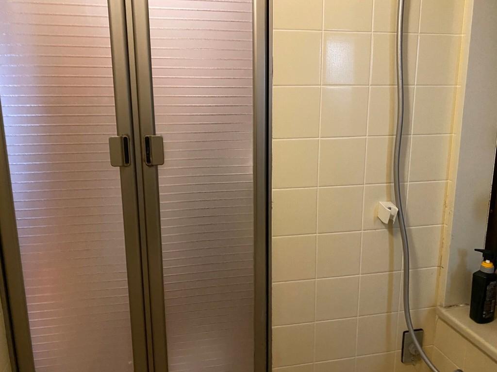 浴室入口手すり工事