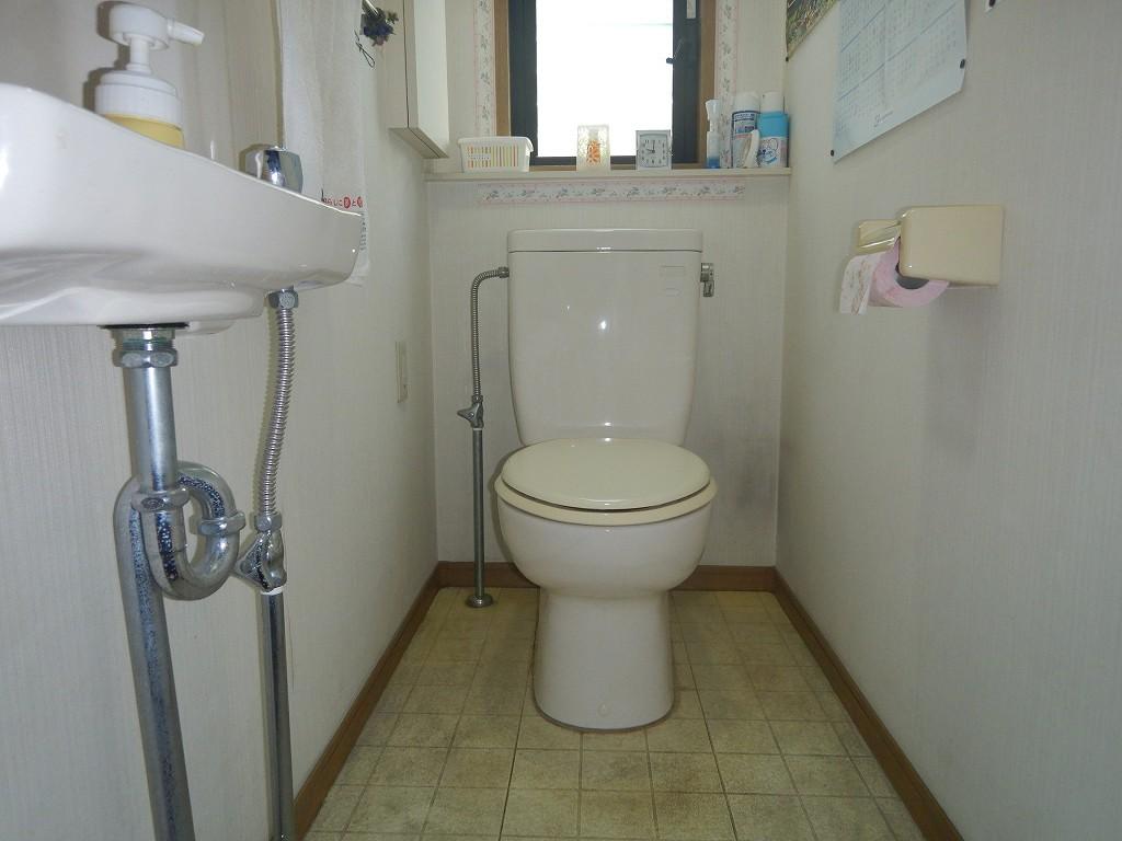 2階トイレの交換