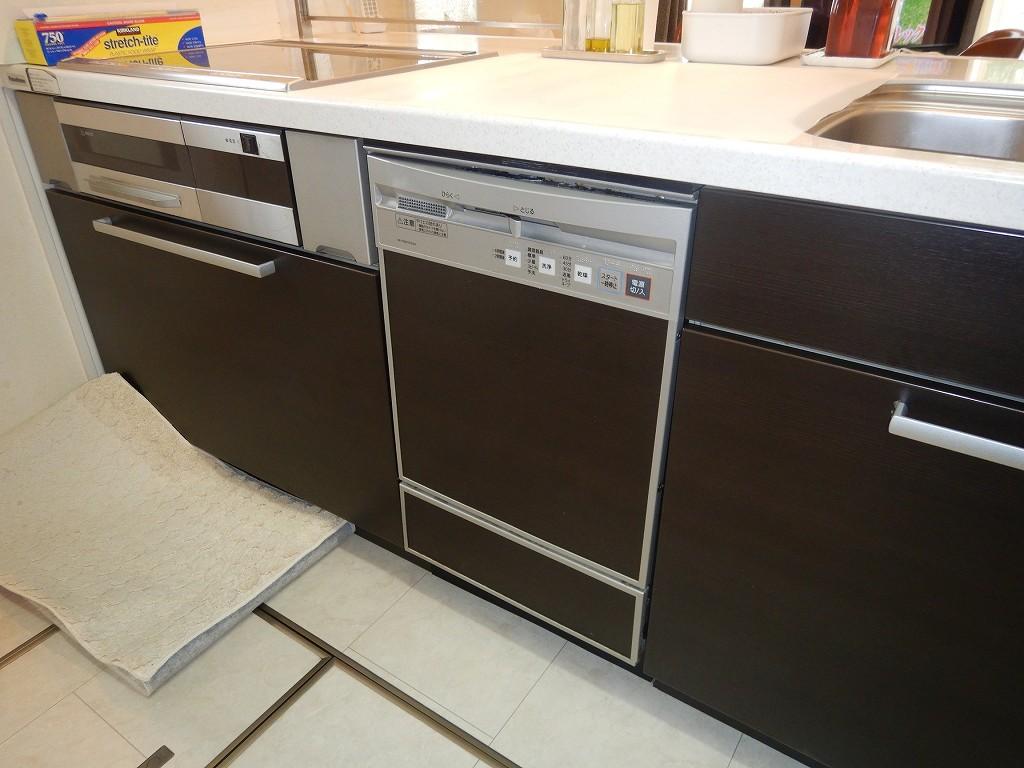 食洗機の故障で取替工事