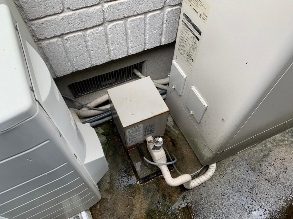 加圧ポンプから水漏れ