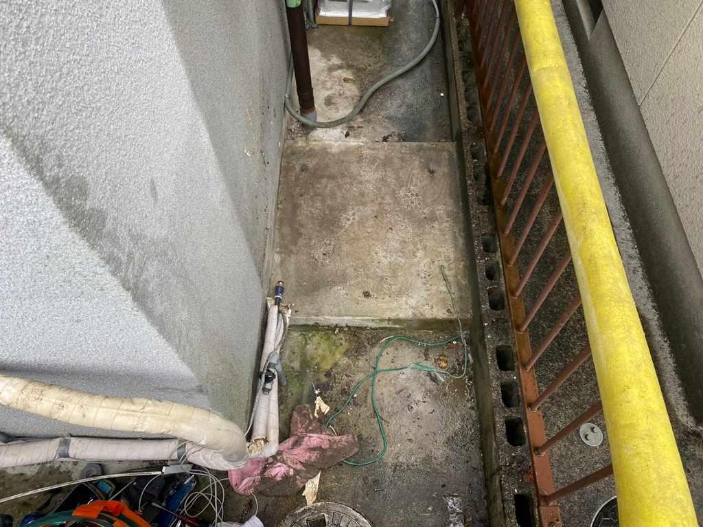 電気温水器撤去処分工事