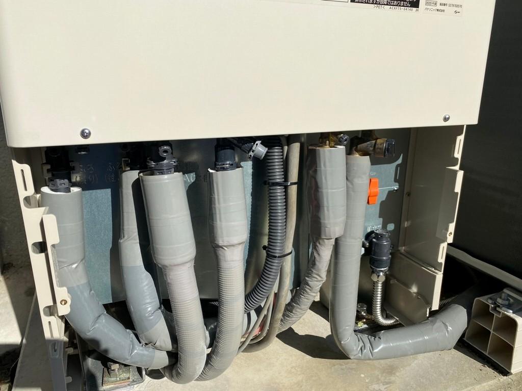 断熱材で配管を守る