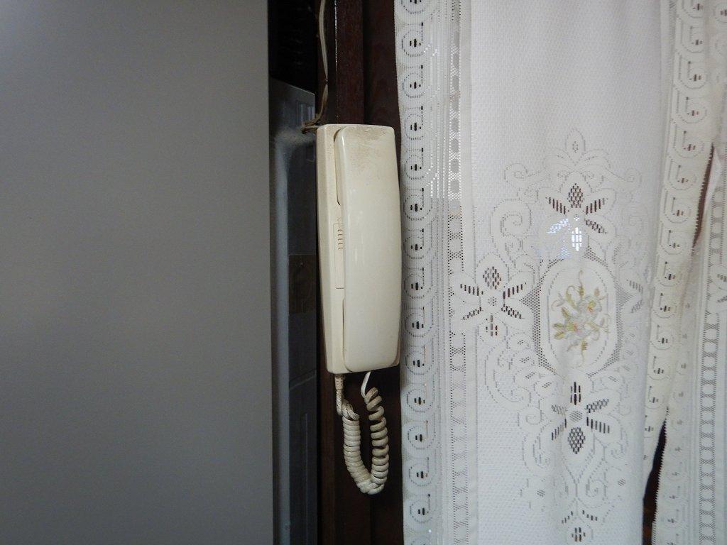 受話器タイプのインターホン