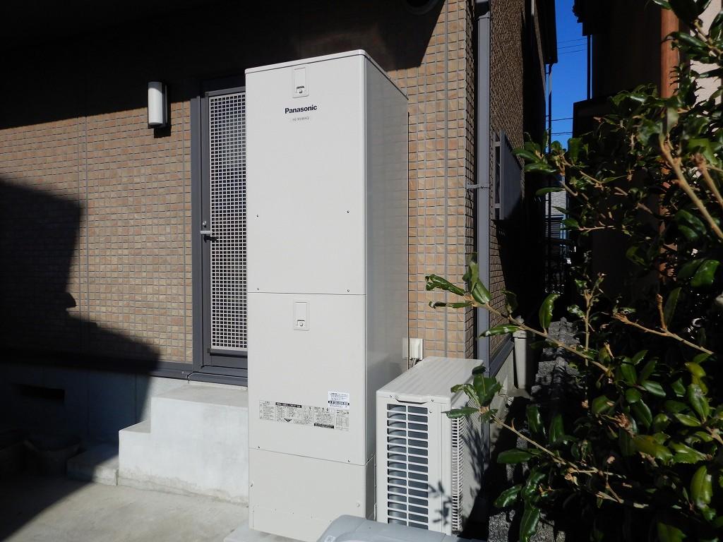 電気温水器からエコキュートに取替