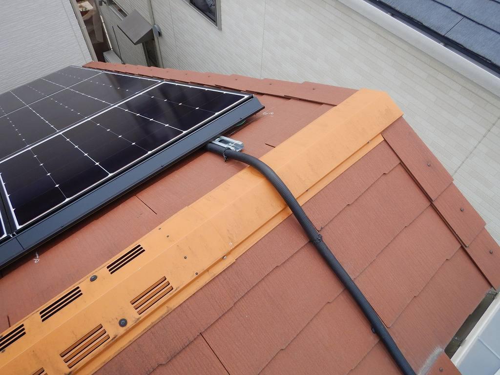 太陽光発電のケーブル